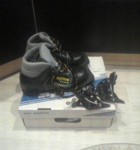 Лыжные ботинки детские 35 размер