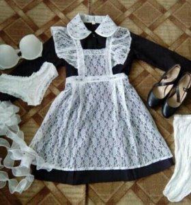 Школьная форма (только платье и фартук на фото)