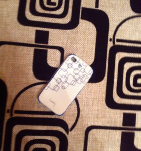 Чехлы на iPhone 4(шт.50р)
