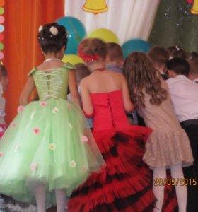 Бальное- платье на девочку 6-8 лет