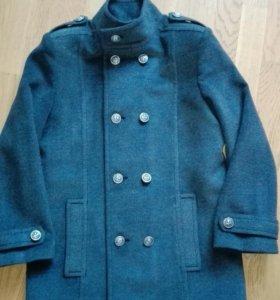 Верхняя одежда, пальто на мальчика 10-13 лет