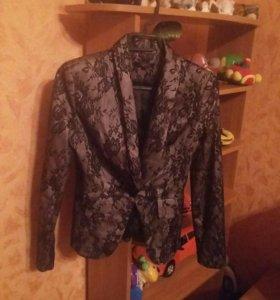 Пиджак приталенный. Новый