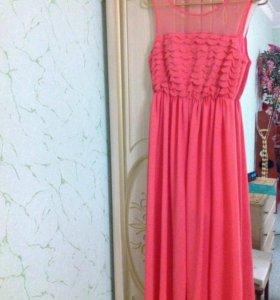 Платье очень красивое р 46-48