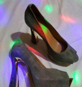 Новые туфли. 39 размер