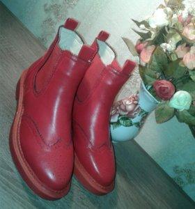 Стильные ботинки женские 37рр