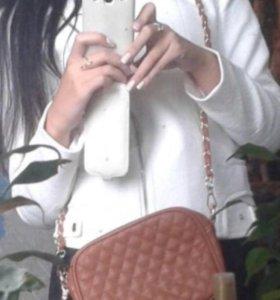 Красивая сумочка через плечо