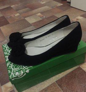 Туфли босоножки новые белвест