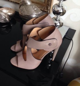 Стильные туфли L.А.М.В
