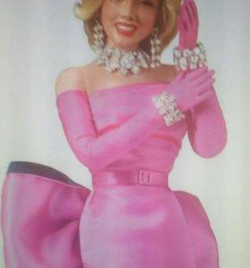 Коллекционная кукла Монро новая