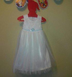 Шикарное, нарядное платье для девочки
