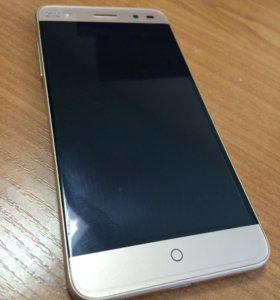 Телефон смартфон ZTE Blade V7 Lite