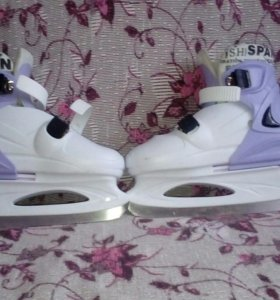 Коньки фиолетовые