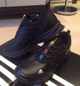 Мужские кроссовки Адидас Terrex(осень)43,5размер