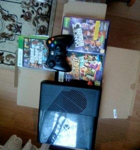 Xbox 360 E 500Gb+GTA5+Kinect.