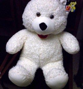 Новый плюшевый медведь