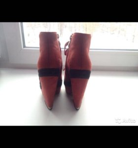 Осеннее-весенние ботинки