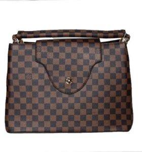 Cумка Louis Vuitton Capucines