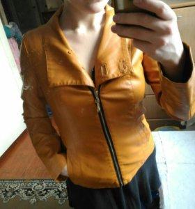 Куртка новая 44р