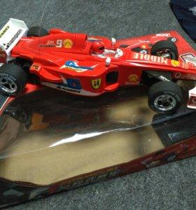 Игрушка. Радиоуправляемая машина F1