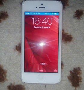 iPhone 5 белый 16Гб