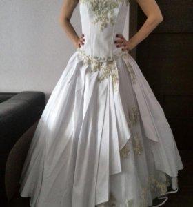 Платья свадебные (выходное )