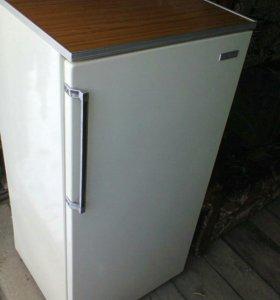 Холодильник.