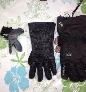 Перчатки сноубордические