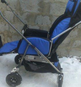 Детская инвалидная каляска