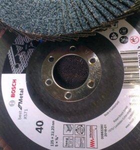 Лепестковый наждачный круг Bosch 125 / 40