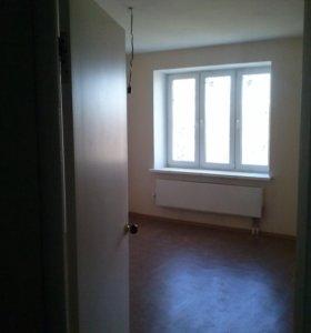 Сдам двухкомнатную квартиру в центре