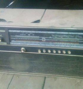 """Радиола """"Сириус 311"""" 1974г"""