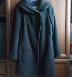 Пальто Zara демисезонное с капюшоном