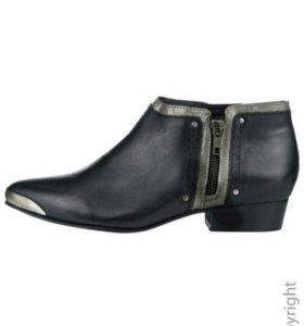 Ботинки из натуральной кожи.размер 38