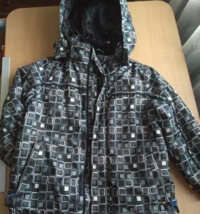 Куртка осенняя размер 104-110