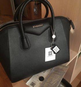 сумка Givenchy Antigona большая