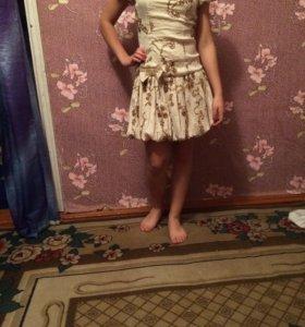 Продаётся платье тел. 89097631811