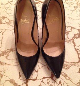 Туфли новые 34 размера