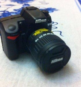 Usb флешка 16 ГБ в виде фотоаппарата