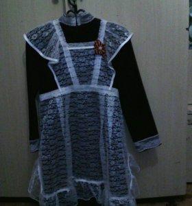 Платье школьное с белым фартуком, на 9-10 лет