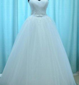 Свадебное платье р-р 42-44