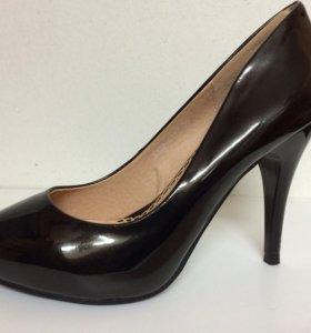 Новые туфли Миа Скарпе черные