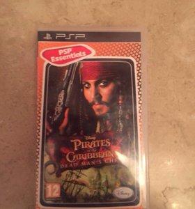 """Диск на PSP """"Пираты"""" в отличном состоянии."""