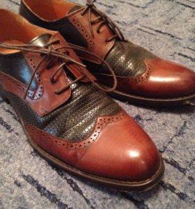 Мужские туфли .