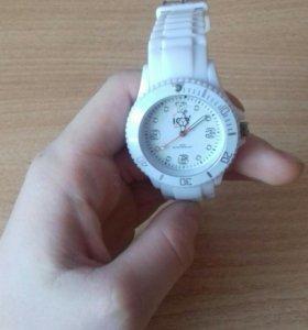 Часы Ice watch.