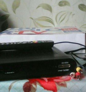 Ресивер TRICOLOR TV(тарелка в комплекте)