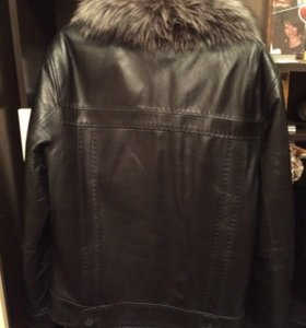 Кожаная куртка. Мех чернобурка