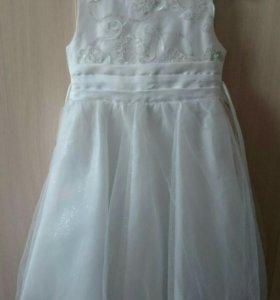 Платье нарядное р110
