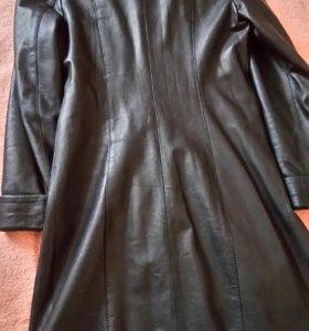 Продам кожанные пальто