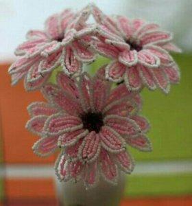 Подарки. Цветы из бисера