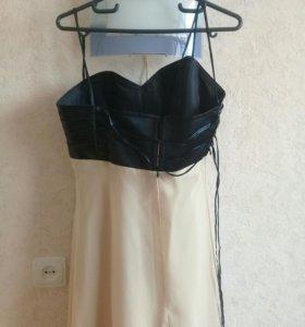 Платье выпускное для девушки